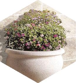Chenonceaux semi-round concrete planter