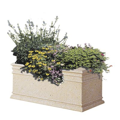 Chambord rectangular concrete planter