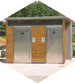 Public toilets, 2 wooden cabins, 2 with PRM equipment